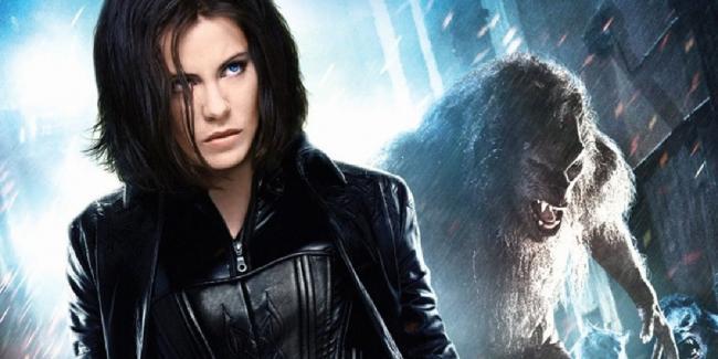 Underworld Awakening - Kate Beckinsale und Werwolf