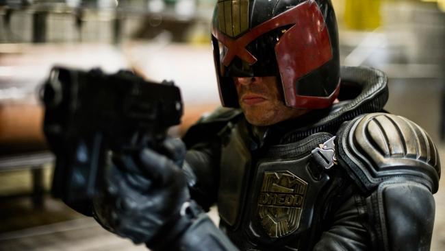 Karl Urban als Dredd