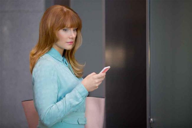 """Bryce Dallas Howard in der Episode """"Nosedive"""""""