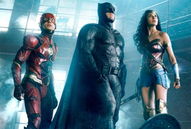 Szenenbild aus Justice League mit The Flash, Wonder Woman & Batman