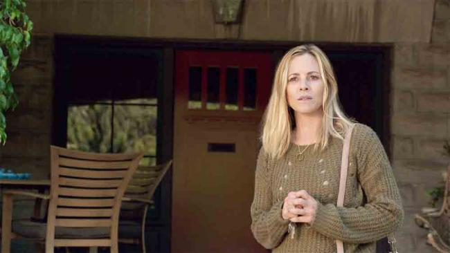 Maria Bello in Lights Out (2016)