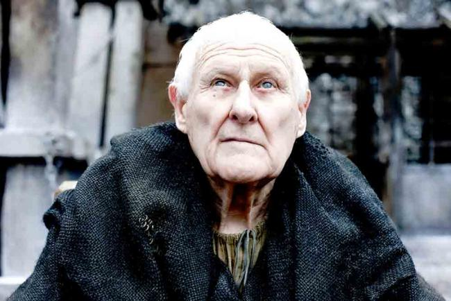 Peter Vaughan als Maester Aemon in Game of Thrones