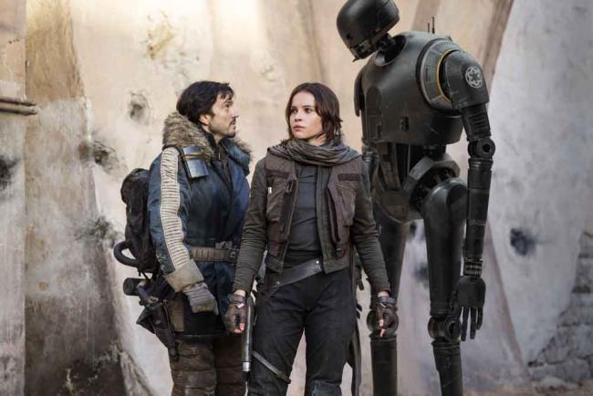 Rogue One: A Star Wars Story - Cassian Andor (Diego Luna), Jyn Erso (Felicity Jones) and K-2SO (Alan Tudyk)