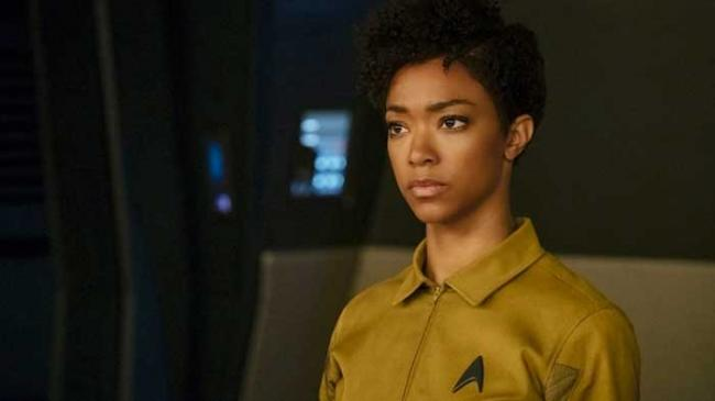 "Michael Burnham (Sonequa Michael-Green) in 1.03 ""Context is for Kings"""