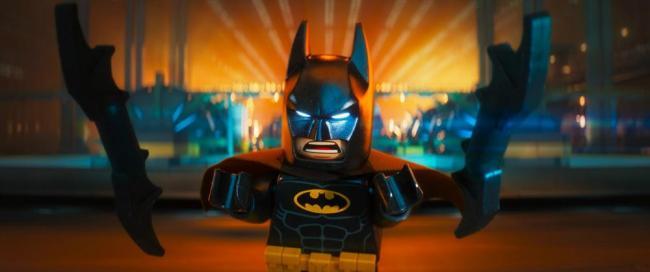 Batman mit seinen Waffen in The Lego Batman Movie