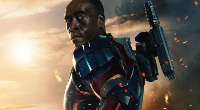 Don Cheadle War Maschine