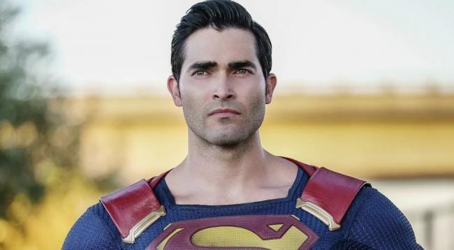 Superman in Supergirl