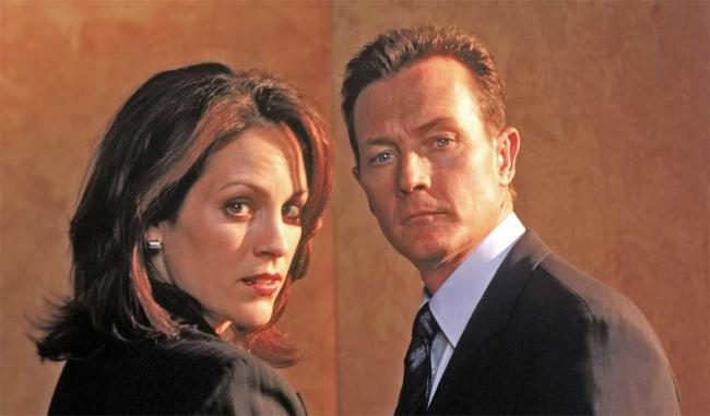 Agent Monica Reyes und Agent John Doggett in Akte X