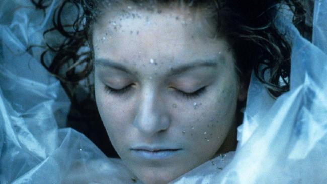 Laura Palmer ... wrapped in plastic
