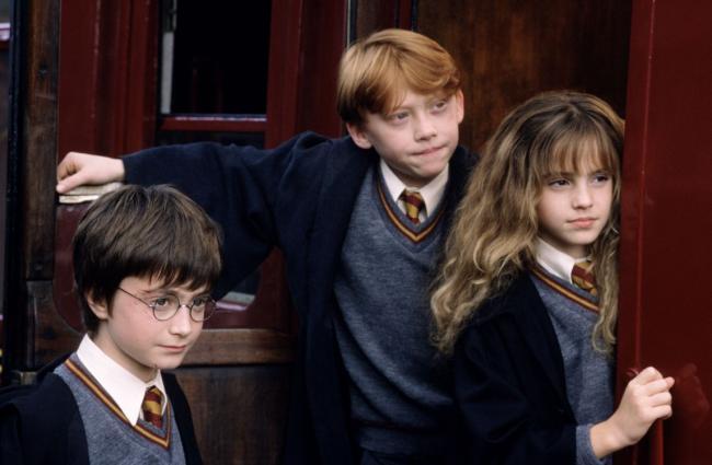 Harry, Ron und Hermine im Hogwarts-Express