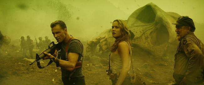 Brie Larson, Tom Hiddleston, John C. Reilly in Kong: Skull Island