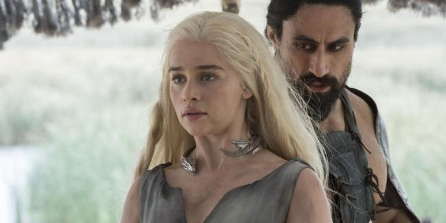 """Emilia Clarke in Game of Thrones 6.01 """"The Red Woman"""""""