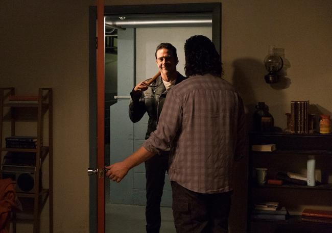 Szenenfoto von The Walking Dead 7.11: Hostiles and Calamaties