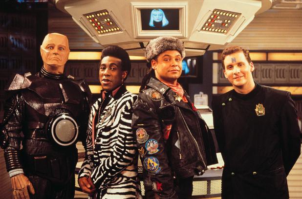 Die vier Crewmitglieder aus der britischen Sci-Fi-Comedy Red Dwarf
