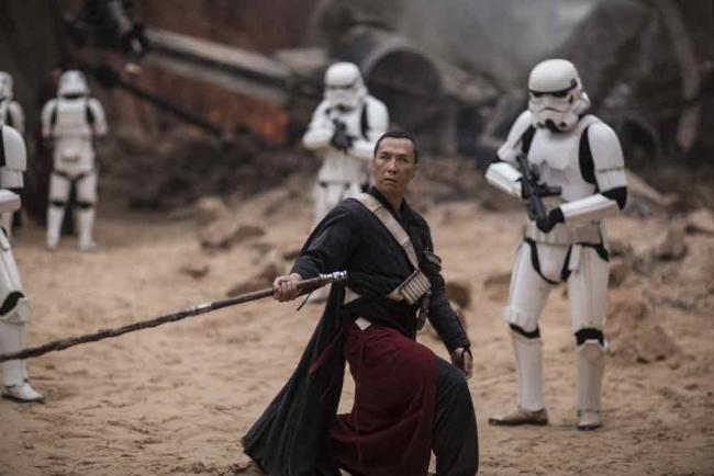 Chirrut Imwe (Donnie Yen) in Rogue One: A Star Wars Story
