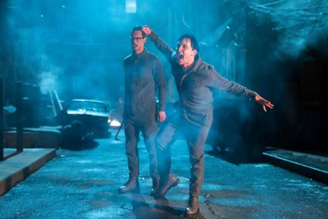 Szenenfoto Gotham 3.19: Heroes Rise: All will be judged