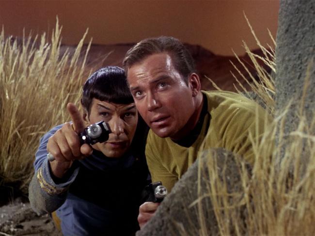 Szenenbild aus Raumschiff Enterprise: Spock und Kirk