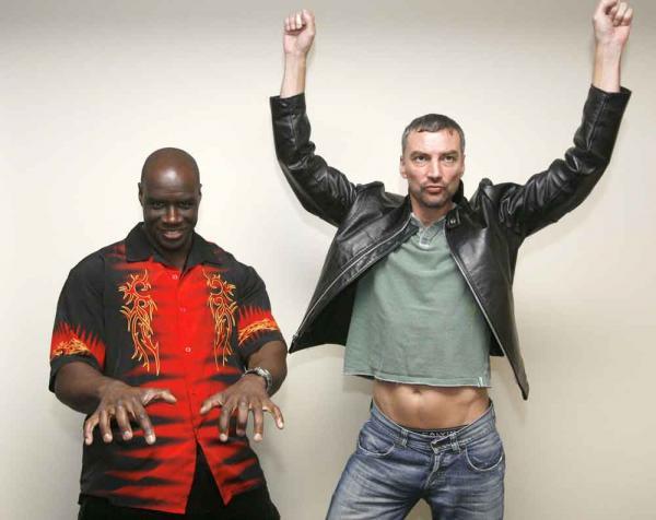 Ashborn & Singleton jr: Ashborn & Singleton jr: Wie tanzt ihr zu eurer Lieblingsmusik?
