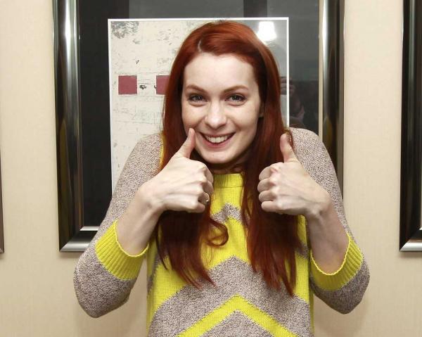 Felicia Day: Wie war das, als du mit den hübschen Jungs bei Supernatural mitgespielt hast?