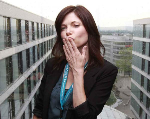 Nicole de Boer: Was hast du den Star-Trek-Fans mitzuteilen?