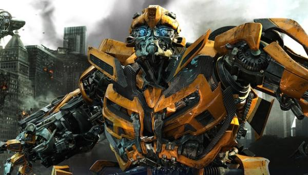 Bumblebee aus Michael Bay's Transformers (2007)
