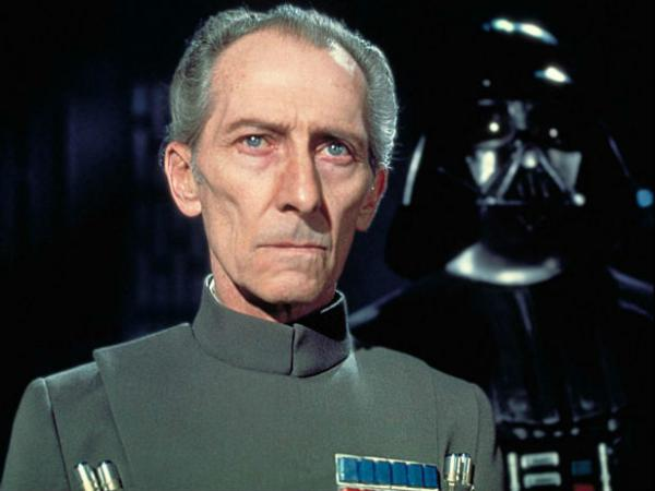 Peter Cushing als Großmoff Tarkin in Star Wars: Episode IV (1977)