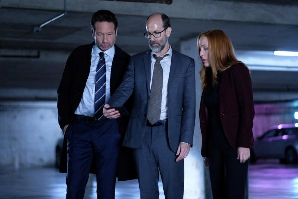 Mulder, Scully und Reggie in Lost Art of The Forehead Sweat