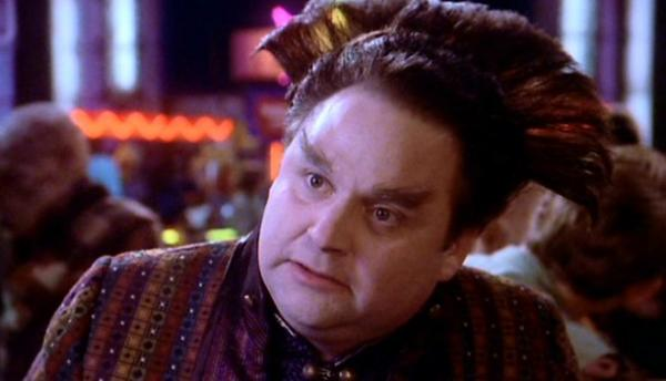 Stephen Furst als Vir Cotto in Babylon 5