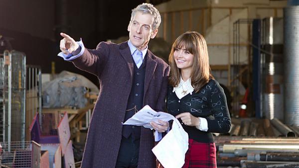 Peter Capaldi und Jenna Coleman an Capaldis erstem Drehtrag