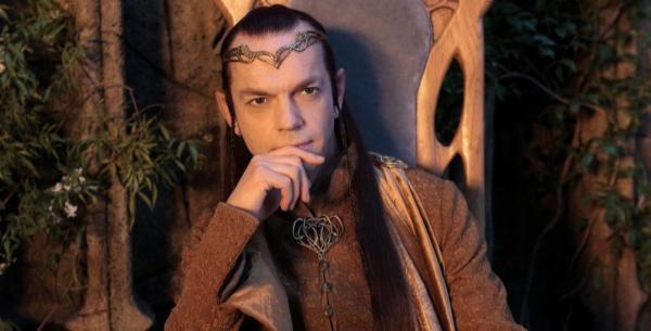 Hugo Weaving als Elrond in Der Hobbit