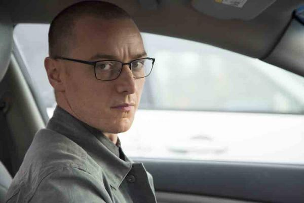 James McAvoy in Split (2017)
