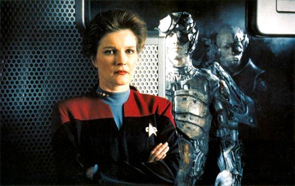 Captain Janeway (Kate Mulgrew) und ein Borg