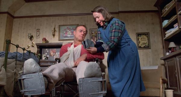 Kathy Bates als Annie Wilkes in Stephen Kings Misery