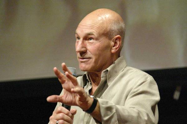 Patrick Stewart 2004