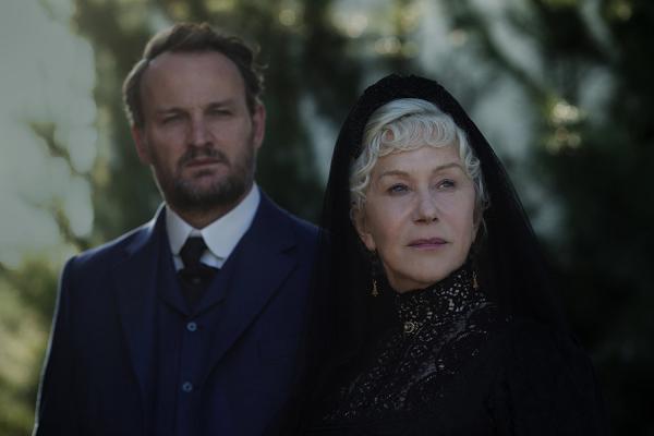 Helen Mirren und Jason Clarke in Winchester