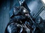 Neue Bilder aus Batman v Superman zeigen Helden und Schurken